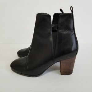Cole Haan size 7.5 leather boots